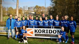 Koridon sponsort het vrouwen voetbalteam Flevo VR1